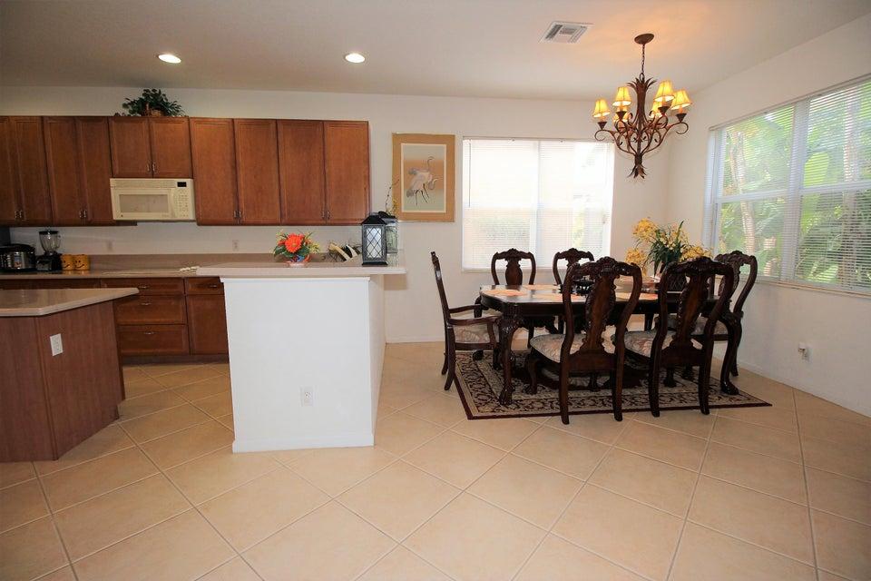 114 Ibisca Terrace Royal Palm Beach, FL 33411 photo 10