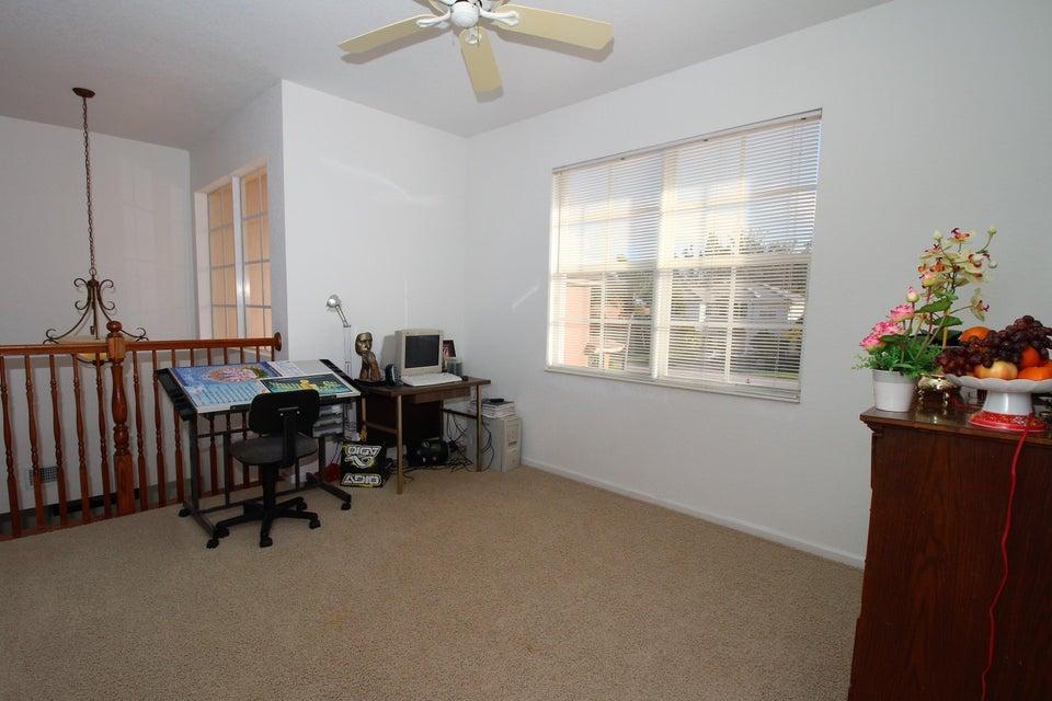 114 Ibisca Terrace Royal Palm Beach, FL 33411 photo 33