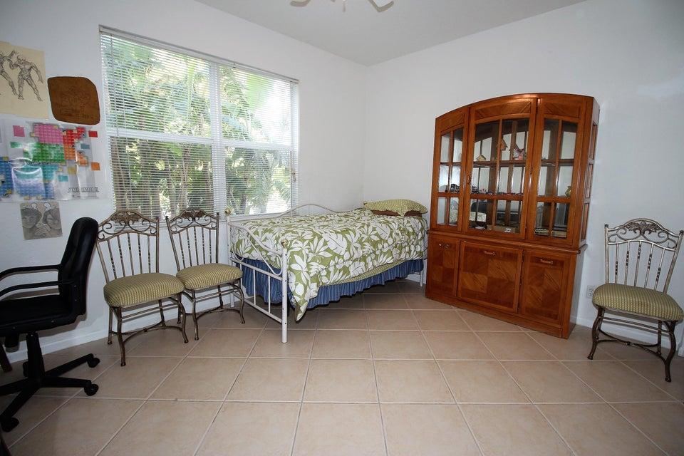 114 Ibisca Terrace Royal Palm Beach, FL 33411 photo 20