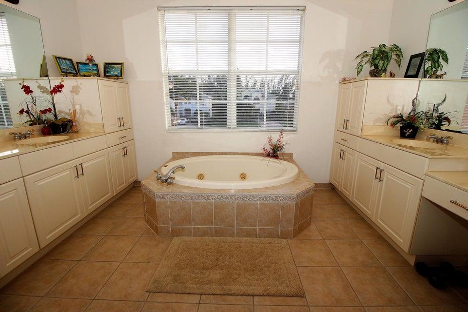 114 Ibisca Terrace Royal Palm Beach, FL 33411 photo 25