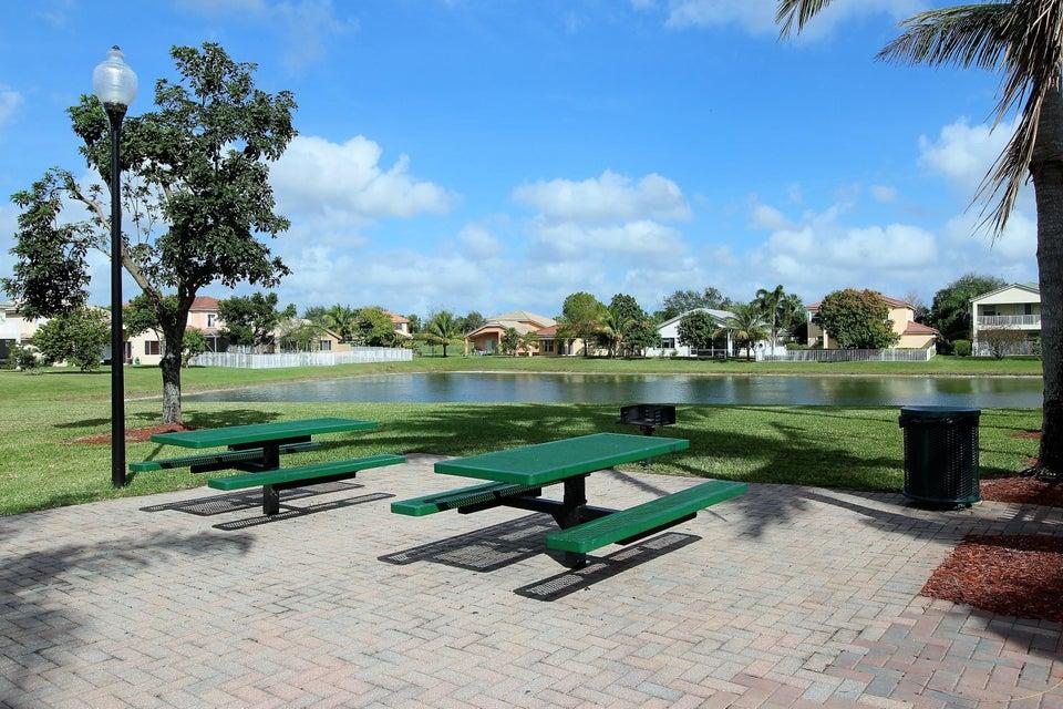 114 Ibisca Terrace Royal Palm Beach, FL 33411 photo 42