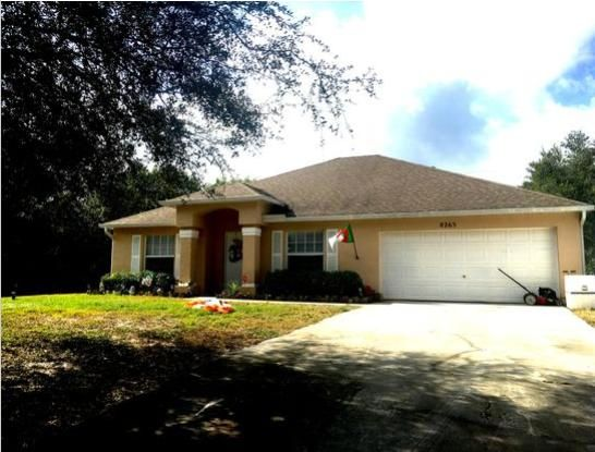 Single Family Home for Sale at 8265 99th Court 8265 99th Court Vero Beach, Florida 32967 United States