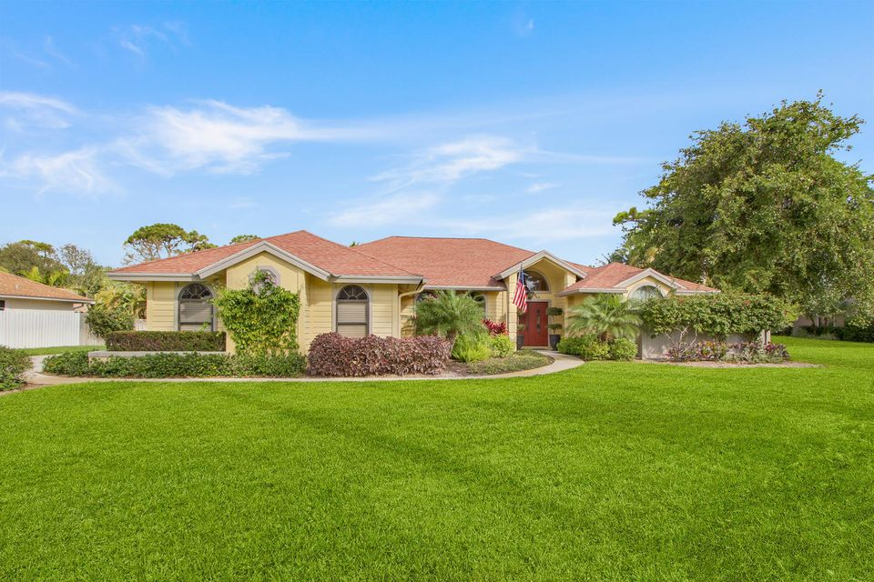 6147 Wood Creek Court  Jupiter FL 33458