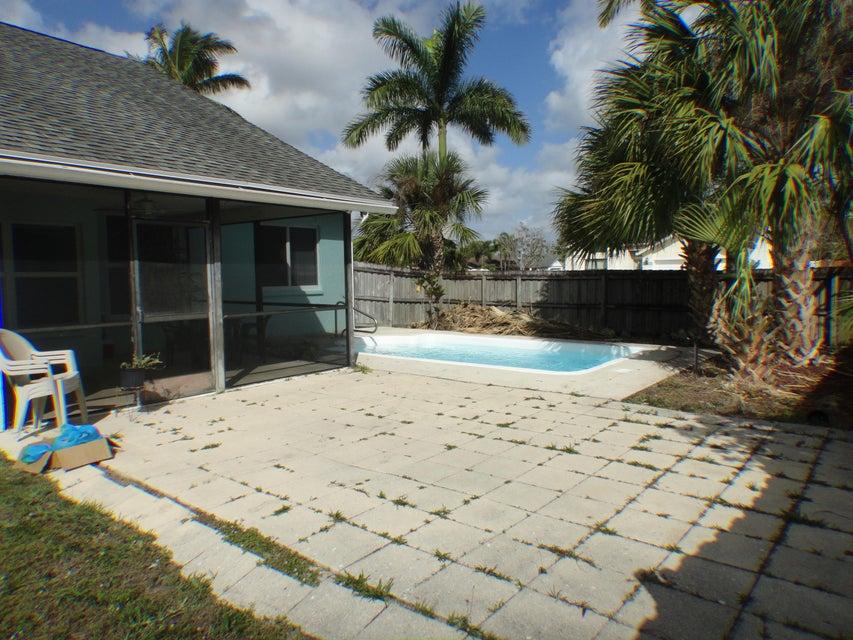 133 W Royal Pine Circle Royal Palm Beach, FL 33411 photo 11