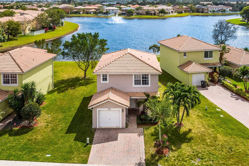3290 Commodore Court  West Palm Beach, FL 33411