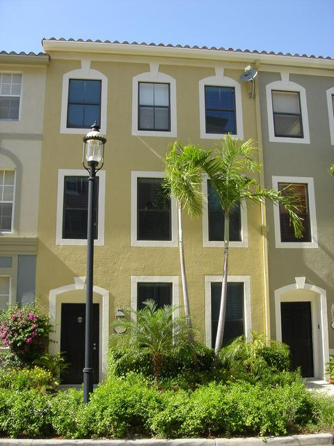 Townhouse for Rent at 675 Hibiscus Street 675 Hibiscus Street West Palm Beach, Florida 33401 United States