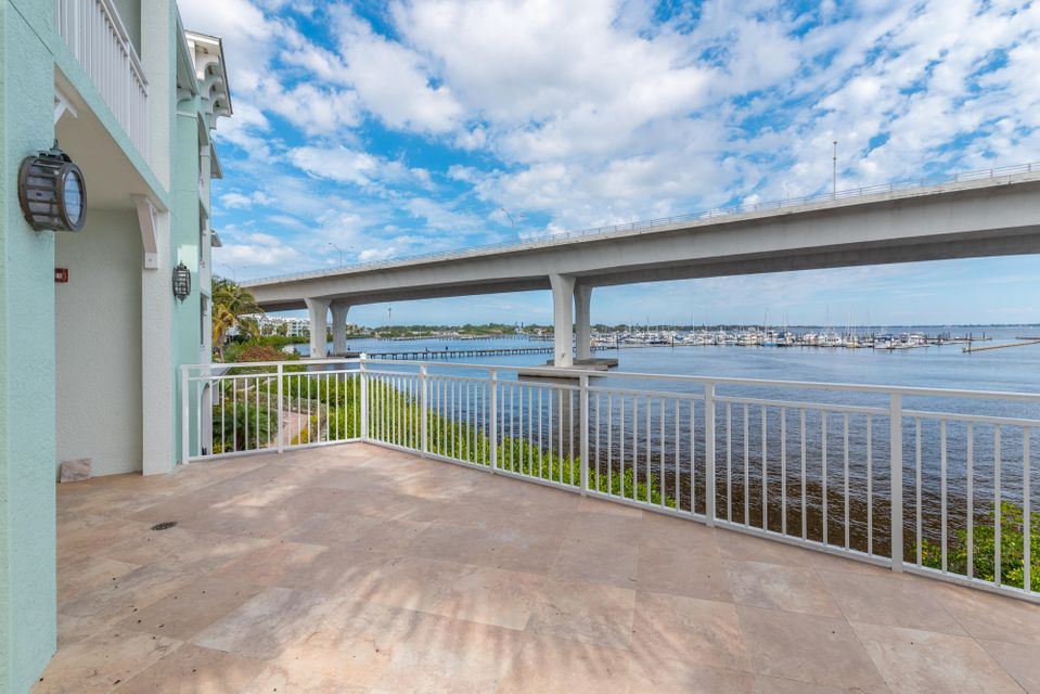 Additional photo for property listing at 415 NW Flagler Avenue # 201A 415 NW Flagler Avenue # 201A Stuart, Florida 34994 United States