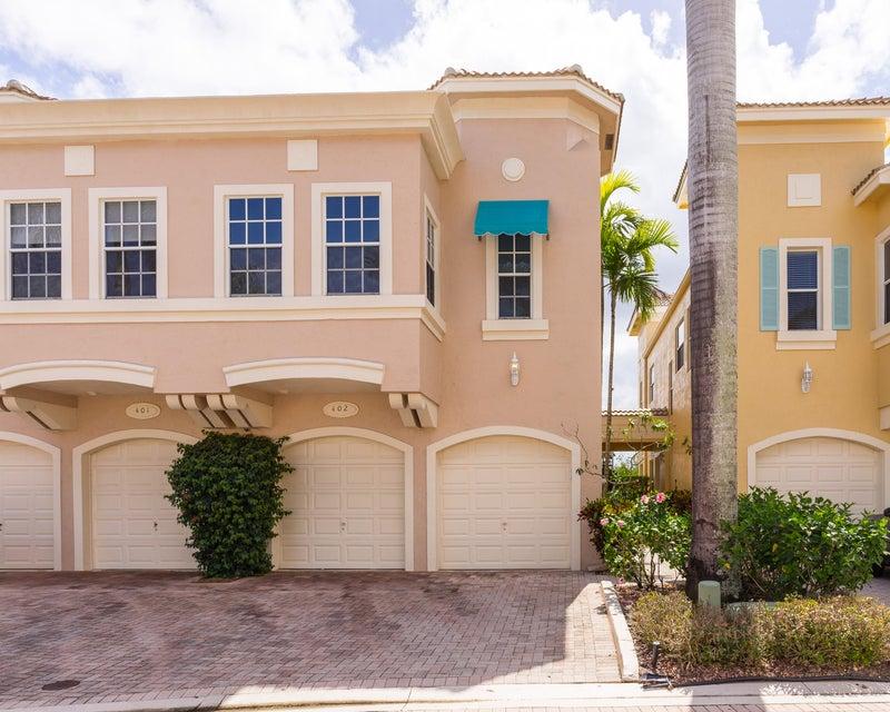 联栋屋 为 销售 在 402 Resort Lane 402 Resort Lane 棕榈滩花园, 佛罗里达州 33418 美国