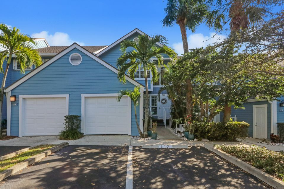217 Ocean Dunes Circle , Jupiter FL 33477 is listed for sale as MLS Listing RX-10405287 19 photos