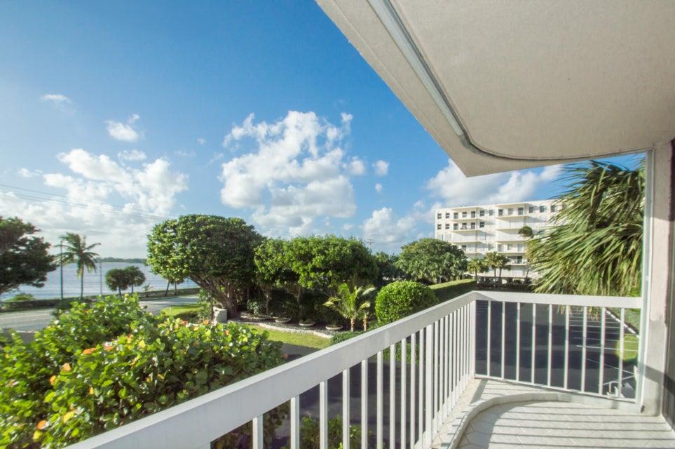 Dorchester Of Palm Beach Condo 3250 S Ocean Boulevard