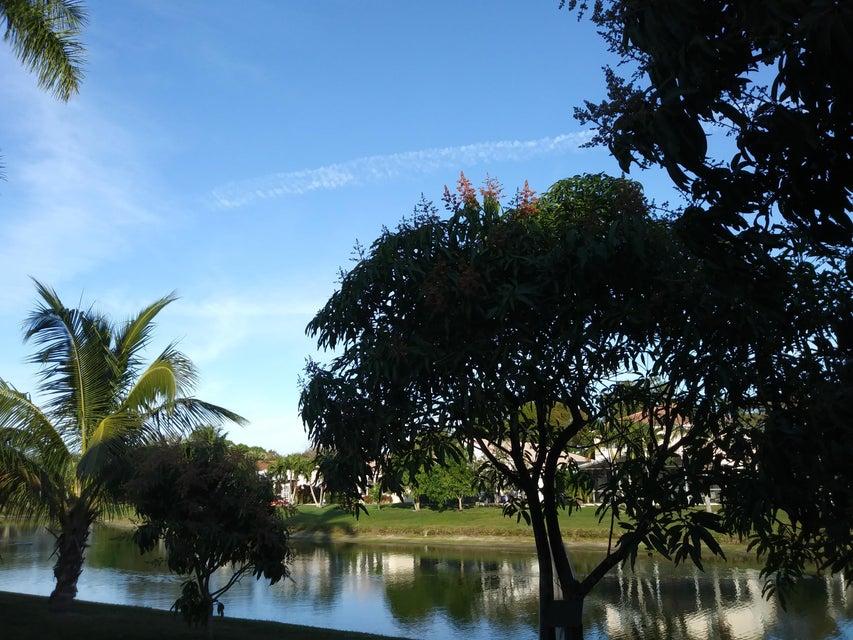 118 Rosewood Lane Greenacres, FL 33463 photo 25