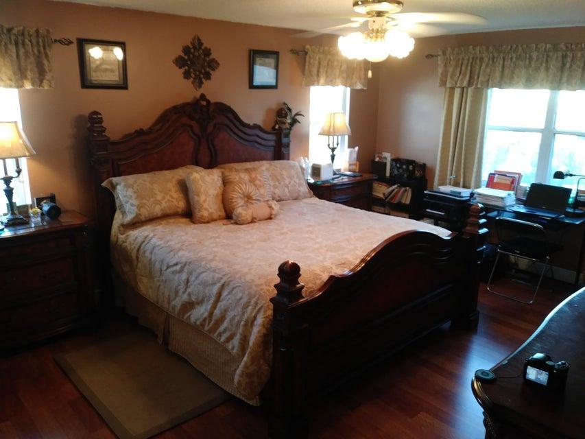118 Rosewood Lane Greenacres, FL 33463 photo 15