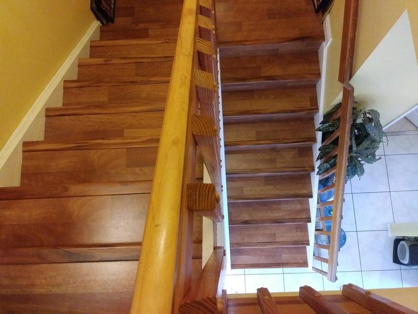 118 Rosewood Lane Greenacres, FL 33463 photo 14