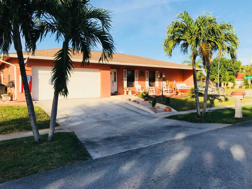 2965 Via Vellaria Lake Worth, FL 33461 photo 3