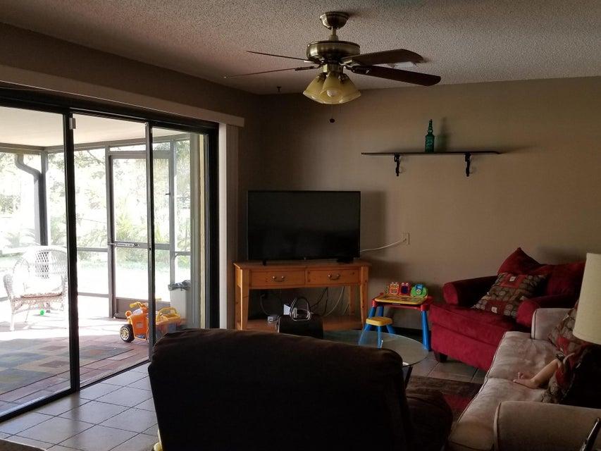 2889 Somerset Road Lake Worth, FL 33462 photo 18