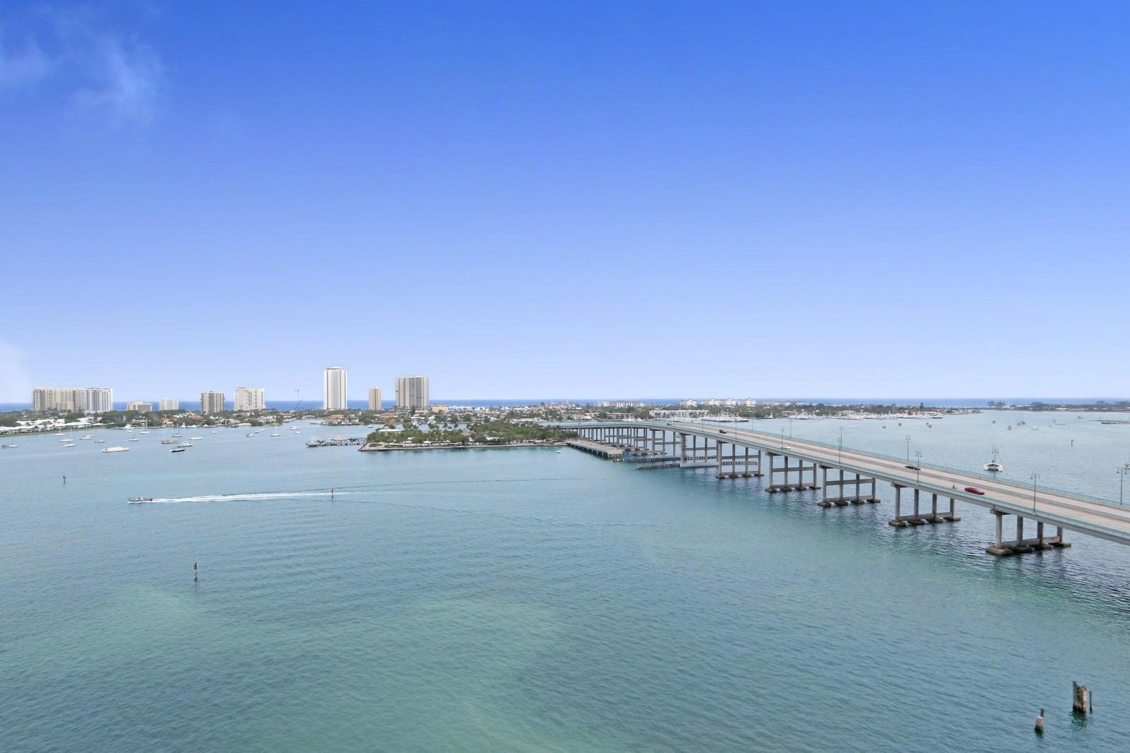 2640 Lake Shore Drive 1408,Riviera Beach,Florida 33404,3 Bedrooms Bedrooms,3 BathroomsBathrooms,A,Lake Shore,RX-10401348