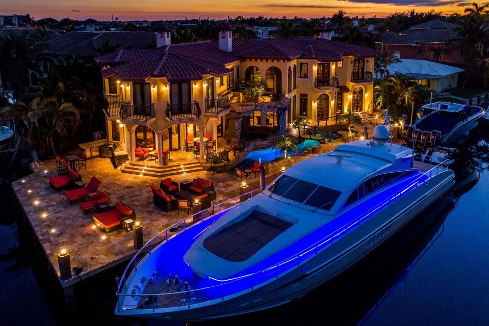 独户住宅 为 销售 在 879 Coventry 879 Coventry 博卡拉顿, 佛罗里达州 33487 美国