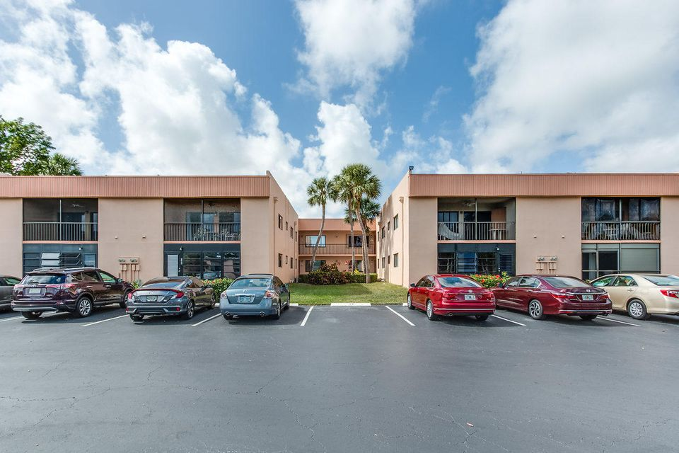 Condominium for Sale at 15108 Ashland Drive # 197 15108 Ashland Drive # 197 Delray Beach, Florida 33484 United States
