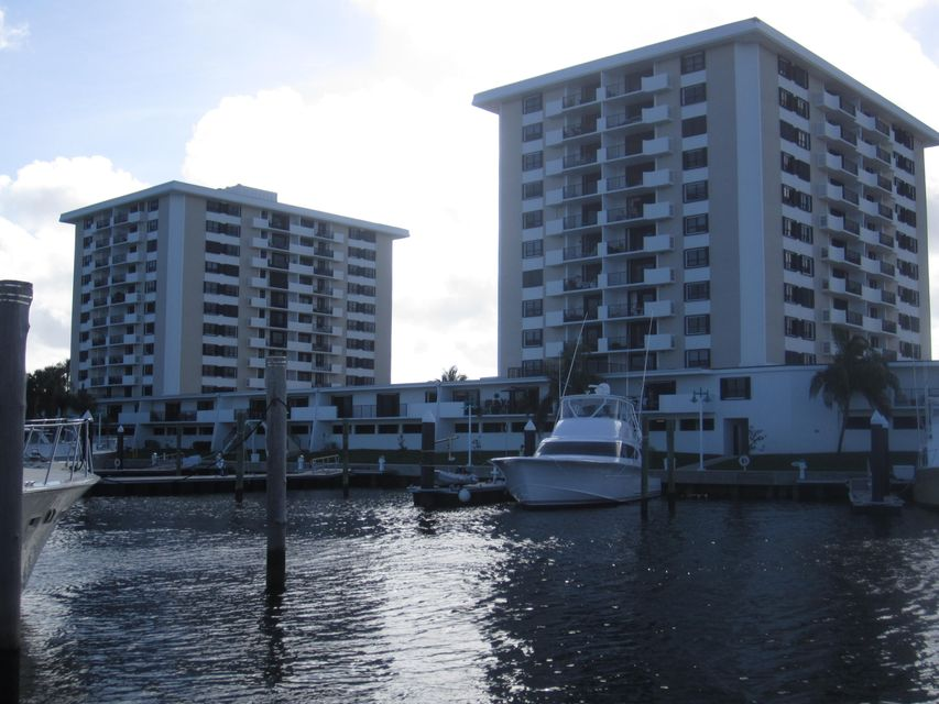 1200 Marine Way Apt 10 , North Palm Beach FL 33408 is listed for sale as MLS Listing RX-10400756 14 photos