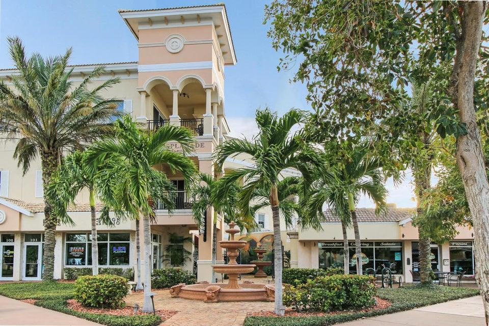 Condominium for Sale at 50 SE Ocean Boulevard # 302 50 SE Ocean Boulevard # 302 Stuart, Florida 34994 United States