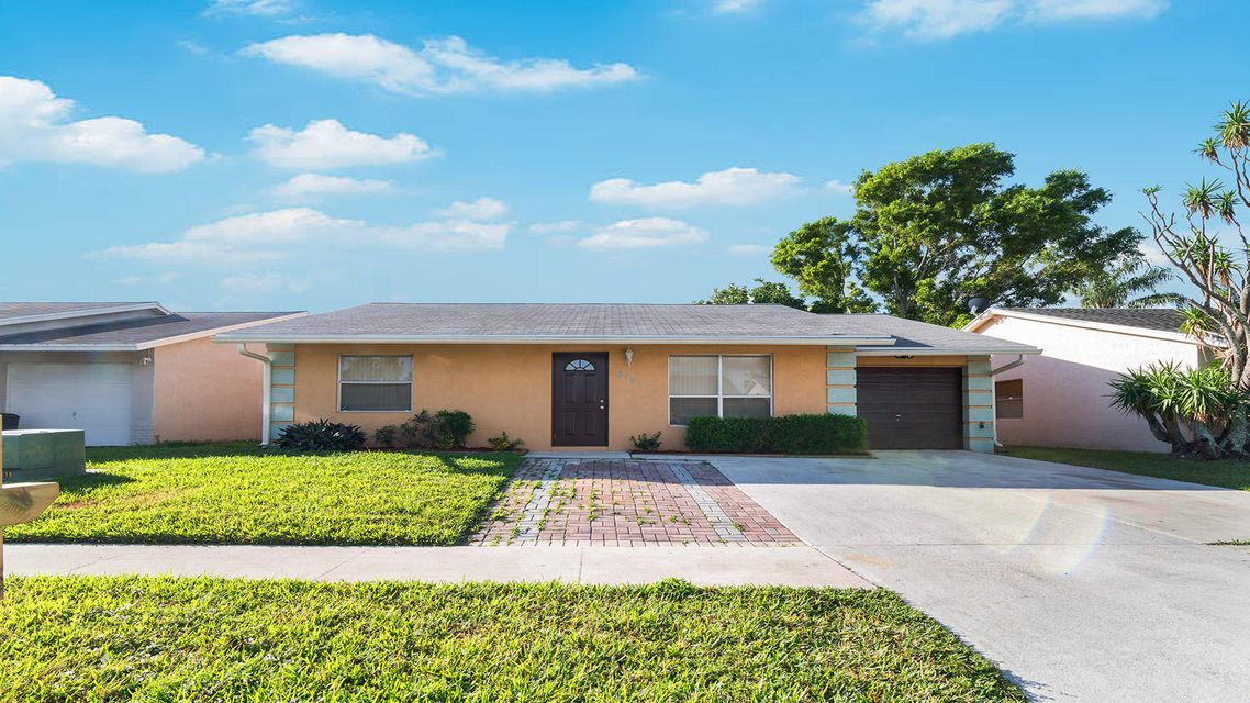 6191 Wauconda Way  Lake Worth, FL 33463