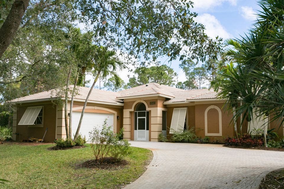 15142 70th Trail , Palm Beach Gardens FL 33418 is listed for sale as MLS Listing RX-10405325 48 photos