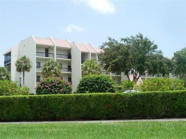 2550 Presidential Way 205  West Palm Beach, FL 33401