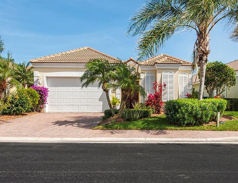 Single Family Home for Sale at 3324 Caracal Drive 3324 Caracal Drive Hutchinson Island, Florida 34949 United States