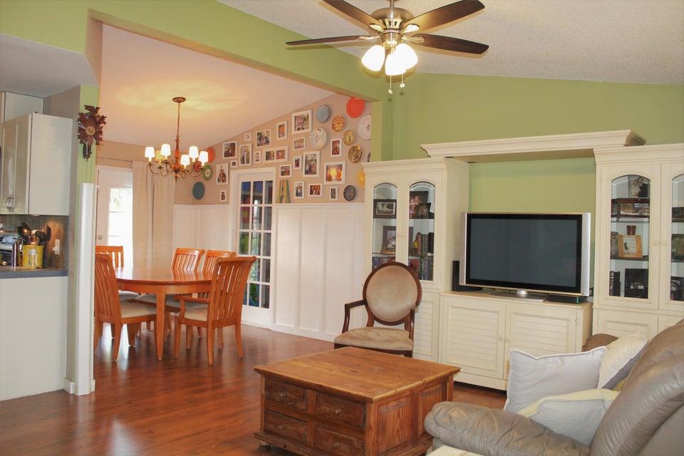 13091 49th Street Royal Palm Beach, FL 33411 photo 4