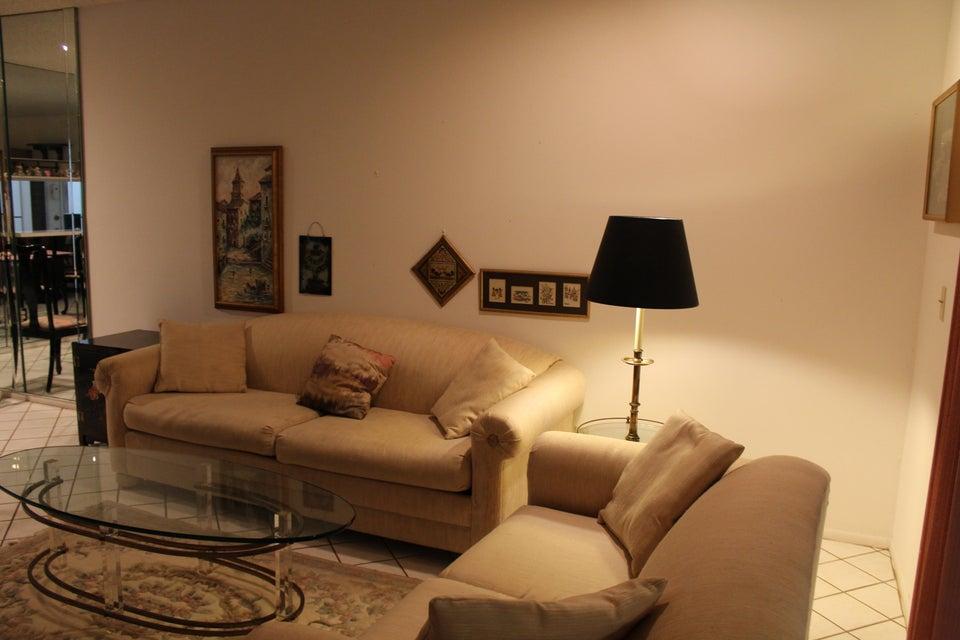 12021 W Greenway Drive 102  Royal Palm Beach FL 33411