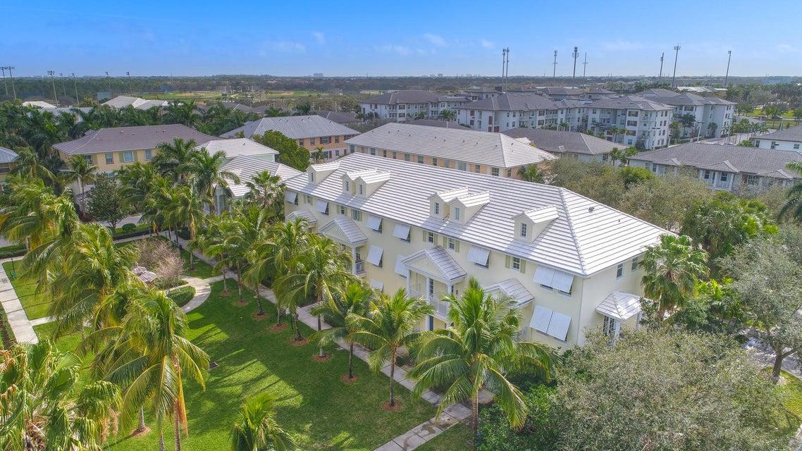 Townhouse for Sale at 1545 Meads Bay Lane 1545 Meads Bay Lane Jupiter, Florida 33458 United States