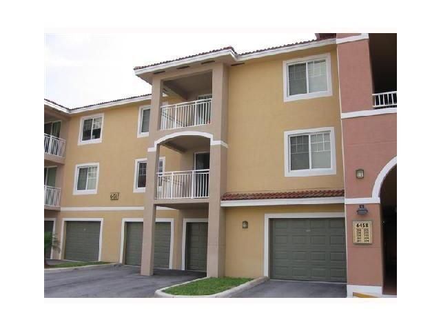 Condominium for Rent at 6458 Emerald Dunes Drive # 203 6458 Emerald Dunes Drive # 203 West Palm Beach, Florida 33411 United States