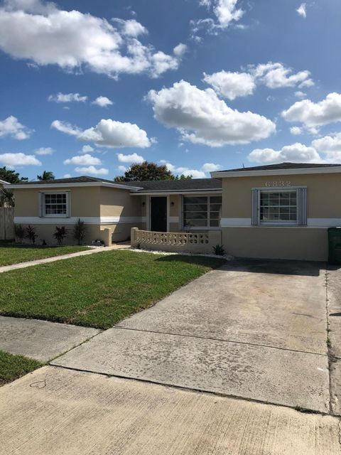 Single Family Home for Sale at 6832 NW 4th Street 6832 NW 4th Street Margate, Florida 33063 United States
