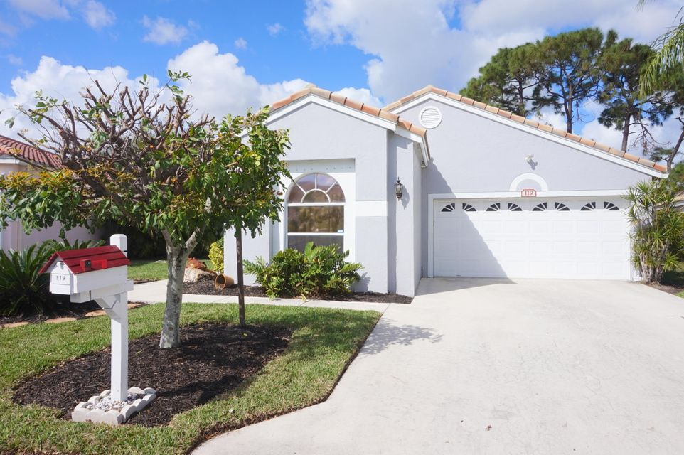 Home for sale in VILLAGES OF WOODLAKE 5 Greenacres Florida