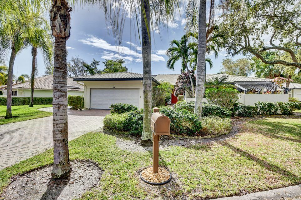 Hunters Run Golf & Country Club country club homes for sale