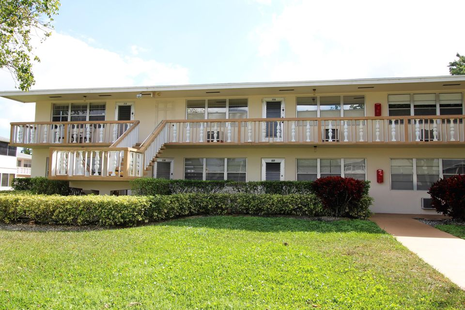 Condominium for Rent at 137 Canterbury F # 137 137 Canterbury F # 137 West Palm Beach, Florida 33417 United States