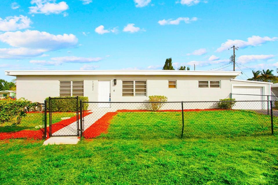 Home for sale in RIDGE GROVE Lantana Florida