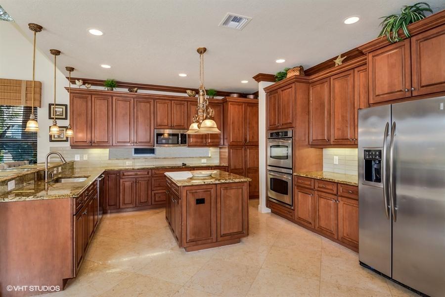 Additional photo for property listing at 10727 Canyon Bay Lane 10727 Canyon Bay Lane Boynton Beach, Florida 33473 United States