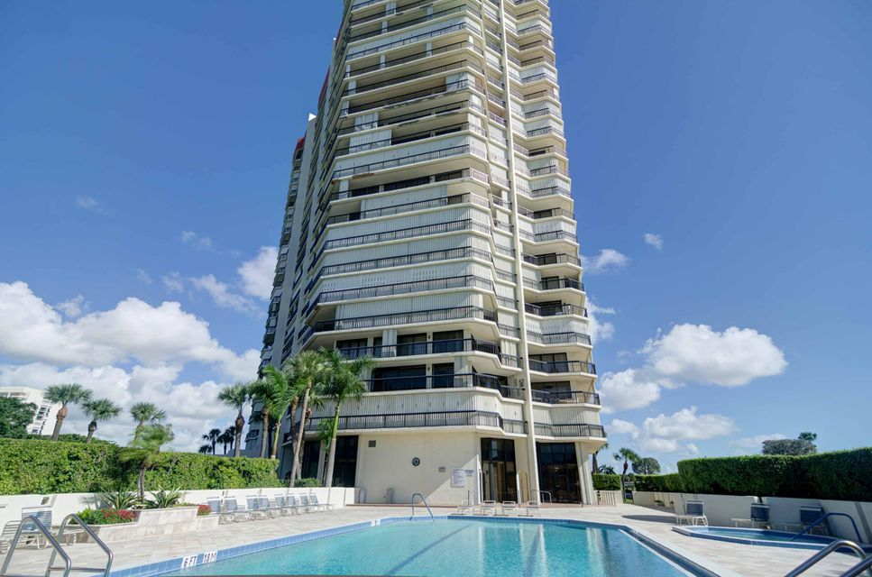 1900 Consulate Place 1004 West Palm Beach, FL 33401 photo 29