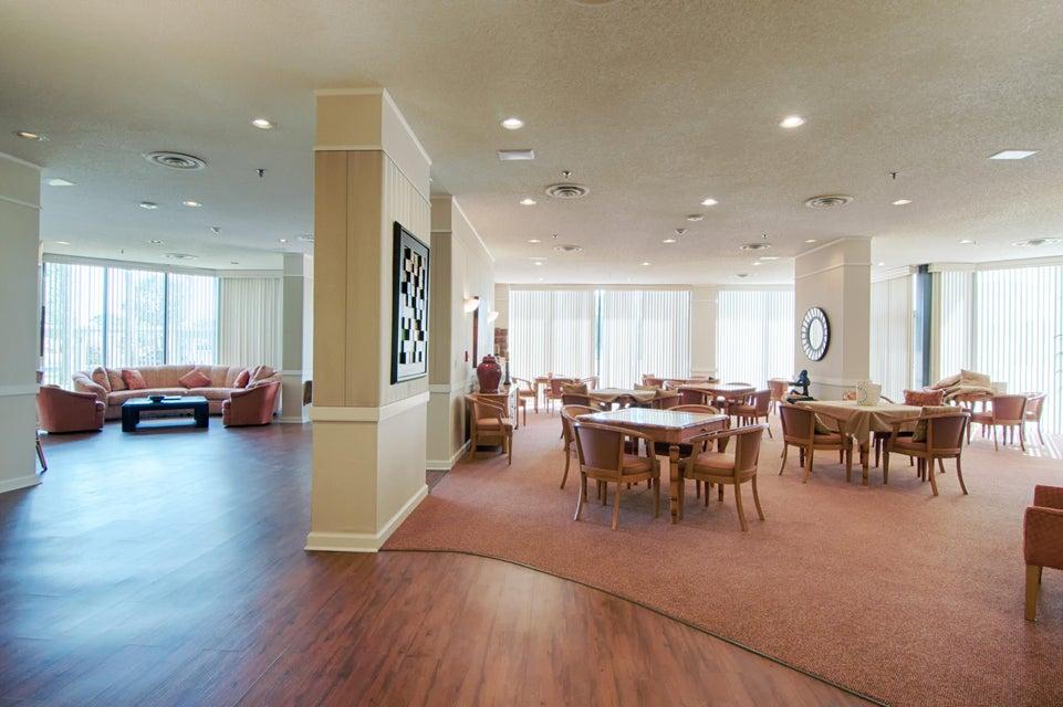 1900 Consulate Place 1004 West Palm Beach, FL 33401 photo 39
