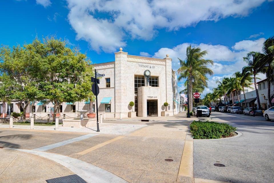 1900 Consulate Place 1004 West Palm Beach, FL 33401 photo 57