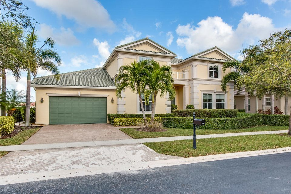 Single Family Home for Sale at 2123 Belcara Court 2123 Belcara Court Royal Palm Beach, Florida 33411 United States