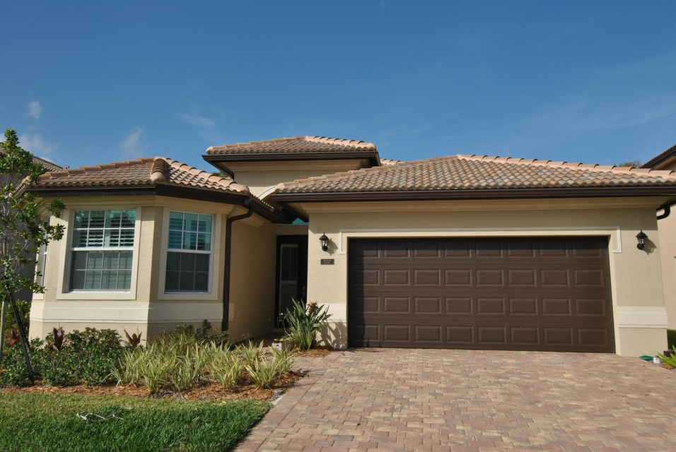 Single Family Home for Sale at 7107 Limestone Cay Road 7107 Limestone Cay Road Jupiter, Florida 33458 United States