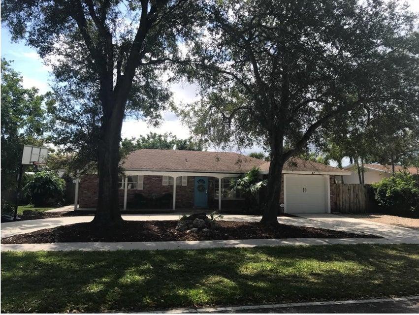Single Family Home for Rent at 27 Pinehurst Lane 27 Pinehurst Lane Boca Raton, Florida 33431 United States