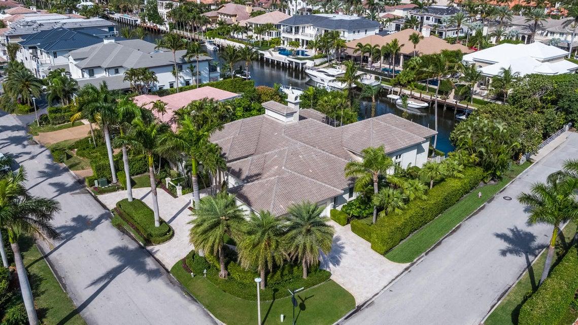 独户住宅 为 销售 在 295 W Alexander Palm Road 295 W Alexander Palm Road 博卡拉顿, 佛罗里达州 33432 美国