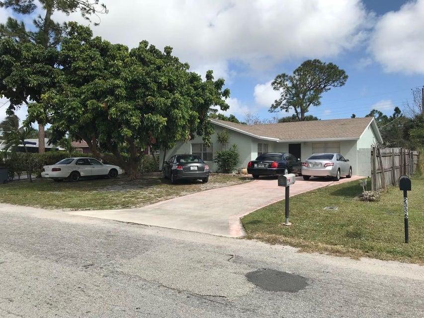 2346 Caroma Lane  West Palm Beach, FL 33415