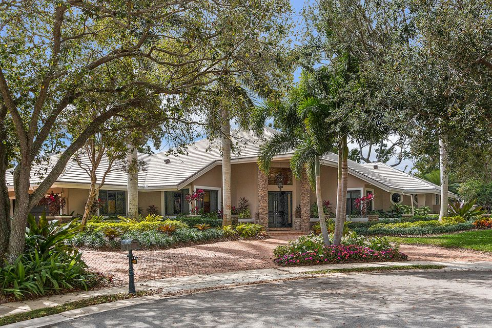 Single Family Home for Sale at 4455 NW 24th Avenue 4455 NW 24th Avenue Boca Raton, Florida 33431 United States