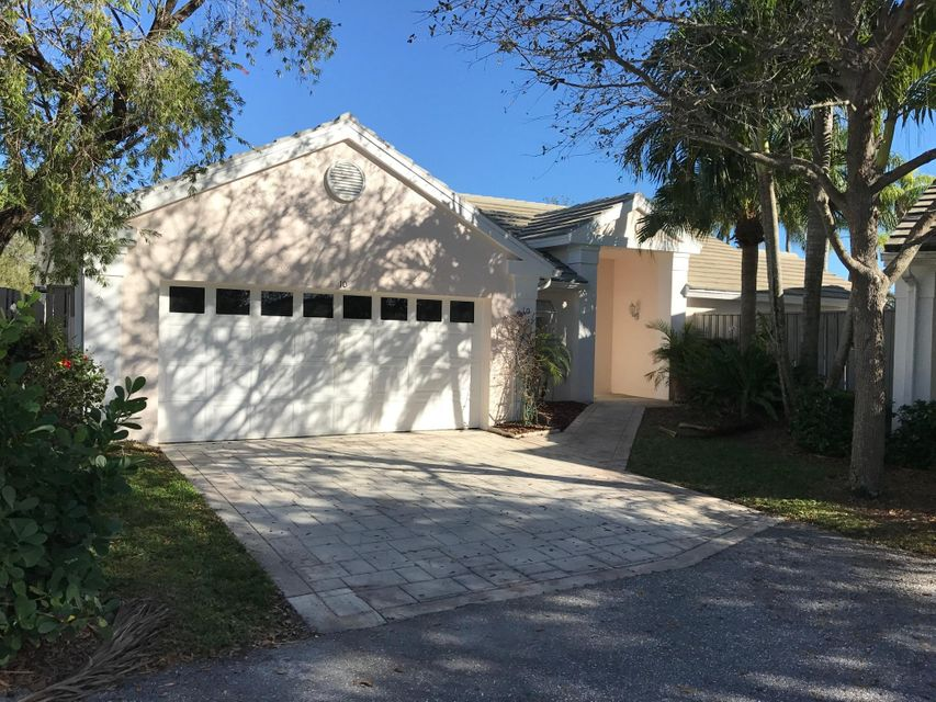 Palm Beach Gardens FL 33418 is listed for sale as MLS Listing RX-10406259 17 photos