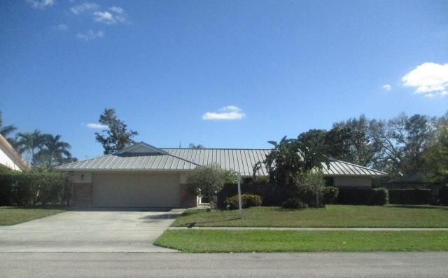11592 Whitemarsh Drive  Wellington, FL 33414