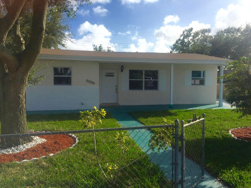 Home for sale in HOLLYWOOD PINES THIRD AMEND PLAT Hollywood Florida